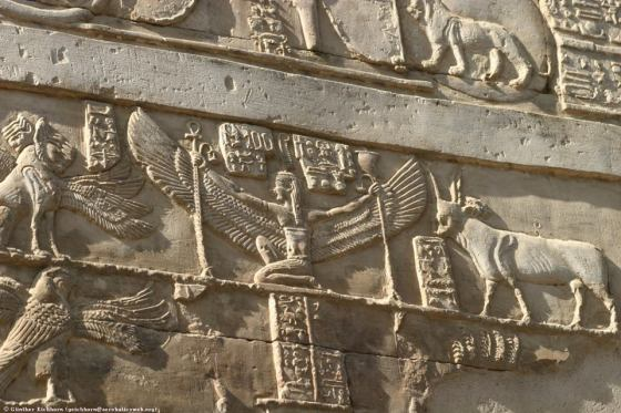 Mystères d'Osiris - Page 2 Cavalier